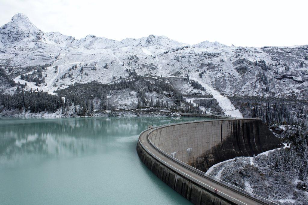Mountain Lake Mountain Reservoir  - dengri / Pixabay